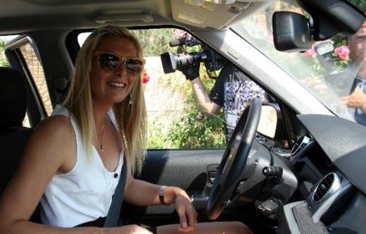 美少女就超速驾驶