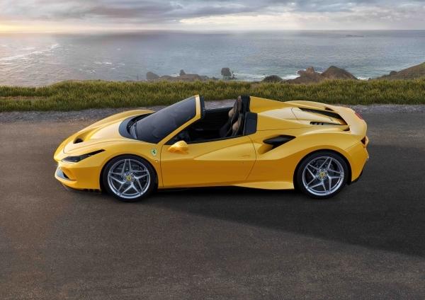 _Ferrari F8 Spider_04