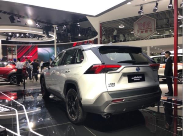_【后续稿(产品方向)】众多新产品亮相,一汽丰田在成都车展描述决心与未来2386
