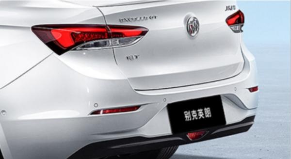 _【竞品捆绑稿】十万级紧凑型家轿最热TOP3-1017V2790